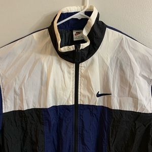 Nike Jackets & Coats - Nike Medium Men's Windbreaker Full Zip Lightweight